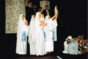 Revue 1999 05 001