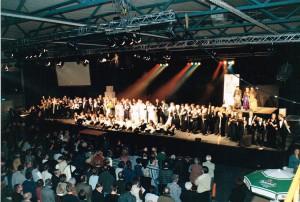 Revue 1999 10 001
